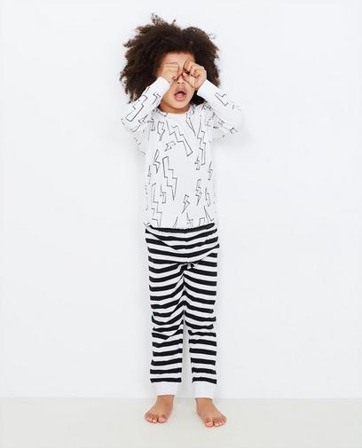 Schwarz-weißer Schlafanzug